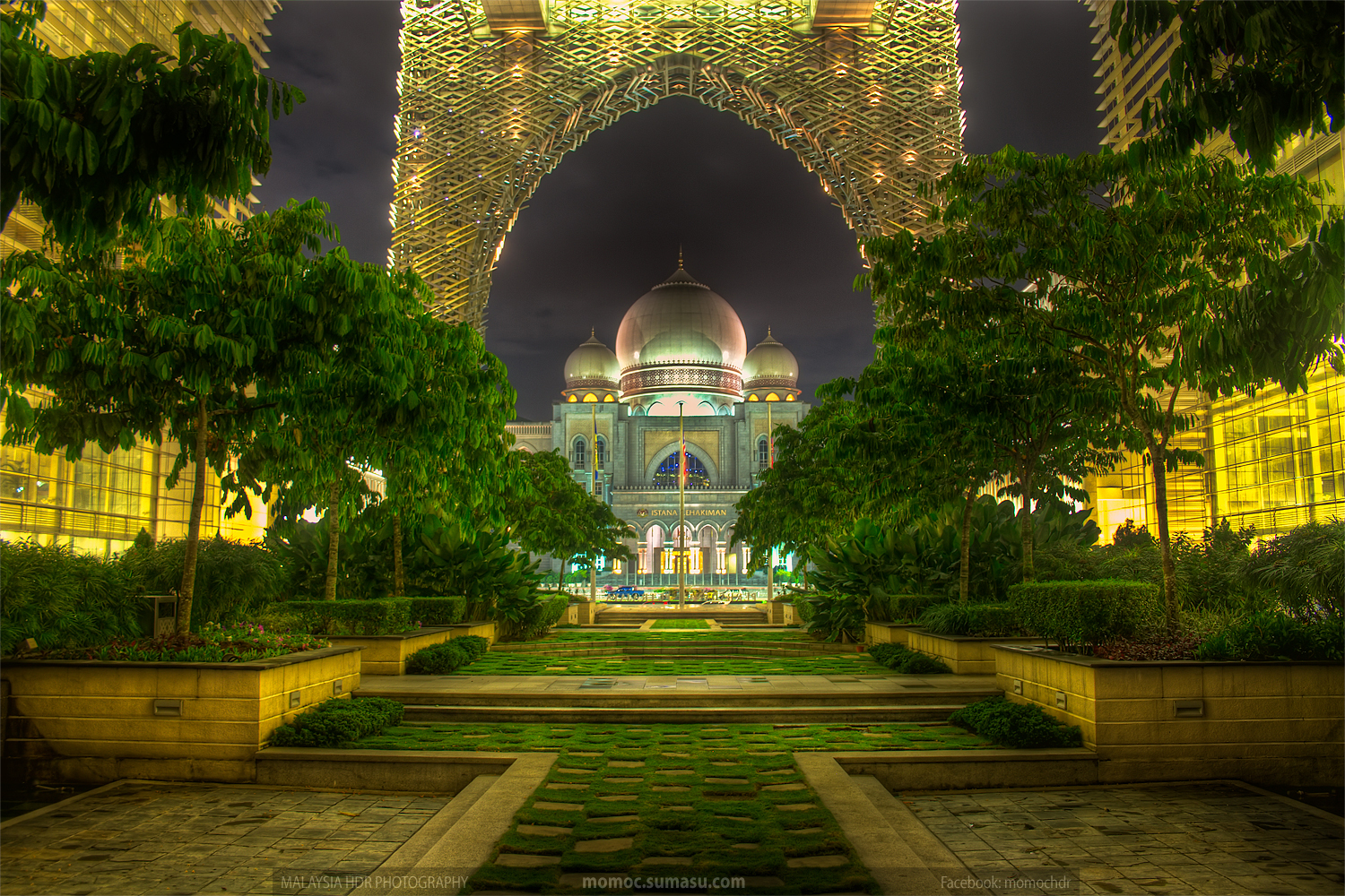 islamic-architecture-putrajaya-night-hdr-photography